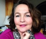 Coach Bettina Clark